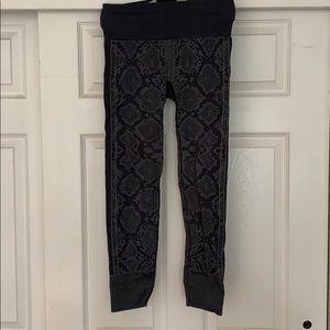 Lululemon Grey Snake Print Leggings